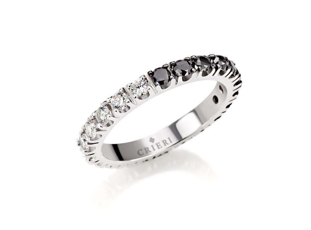 anello-oro-bianco-diamanti-neri-eternelle-crieri